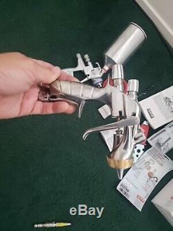 Anest IWATA LS-400 pininfarina HVLP PAINT Spray GUN