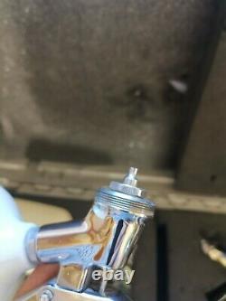 Anest Iwata LPH-300 LVLP HVLP Paint Gun Profi Lackierpistole