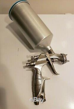 Anest Iwata LS-400 Pininfarina HVLP Paint Spray Gun 1.4 Tip