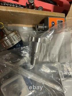 DeVilbiss Tekna Basecoat Spray Gun with SN-37 1.2 Tip, 1.4,1.5 Tip, HVLP HV20 Cap