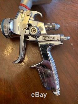 SATA Jet 3000 B HVLP Spray Gun with 1.3 HVLP Nozzle Tip