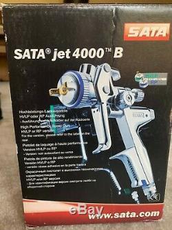 USED SATA Jet 4000 B HVLP Spray Gun (box slightly damaged)