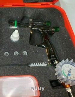 Walcom HVLP Genesi 1.2 spray gun with repair kit, case, Gauge & Reg, & Alum. Cup