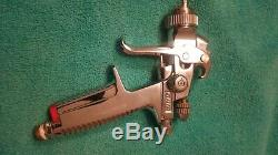 Utilisé SATA Minijet 3000 B Hvlp 1,2 Set Aiguille